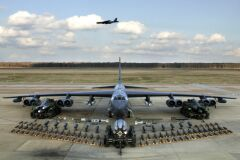 B-52H static display arms